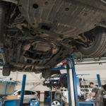 garagiste bias voitures neuves pare-brise freins véhicules neufs et d'occasion